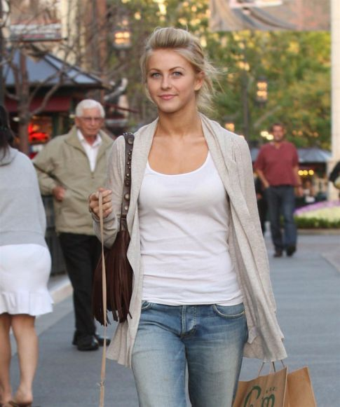 "Julianne ""Ruff"" Hough, Shopping with Her Pooch"