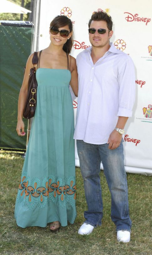 Nick Lachey and Vanessa Minnillo Call It Quits