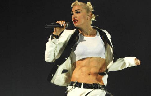 Gwen Stefani's Killer Abs and Bod Post Babies