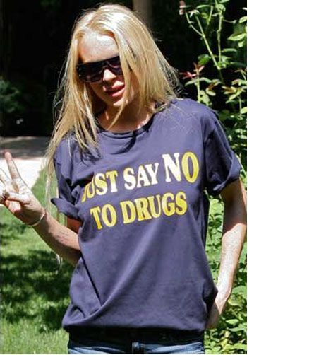 Lindsay Lohan Is A Walking Contradiction, Wears 'Say No to Drugs' T-Shirt