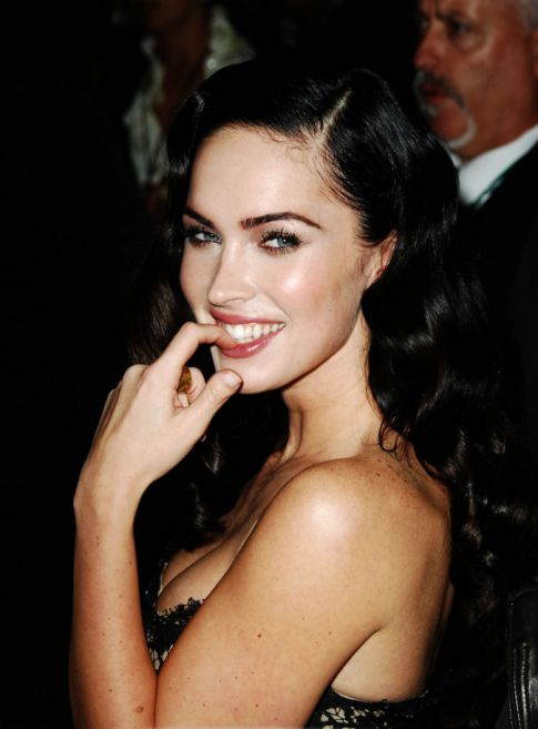 Megan Fox Dating Adam Brody? Hope For Everyone!