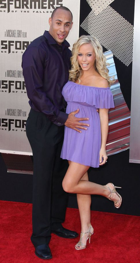 Kendra Wilkinson's Hubby, Hank Baskett, Fired from Philadelphia Eagles
