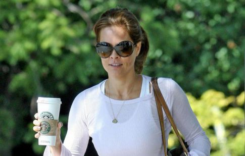 MILF Brooke Burke Sports A Cute Camel Toe