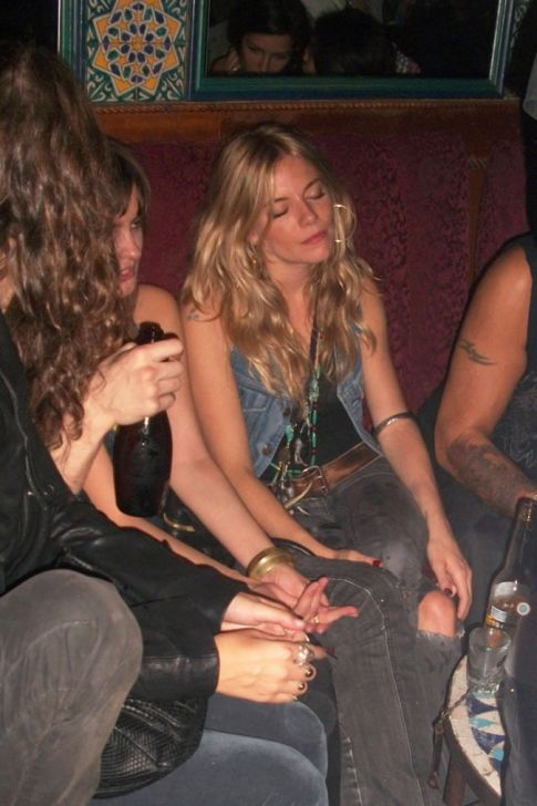 Sienna Miller Is A Drunk Hot Mess