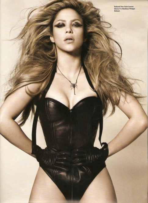 Shakira Gives Good Pose For 'i-D' Magazine