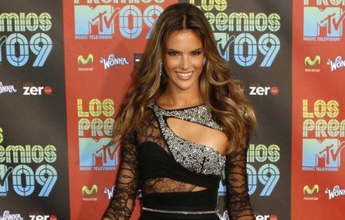 Alessandra Ambrosio's Tight Dress Is Like An Early Christmas Present