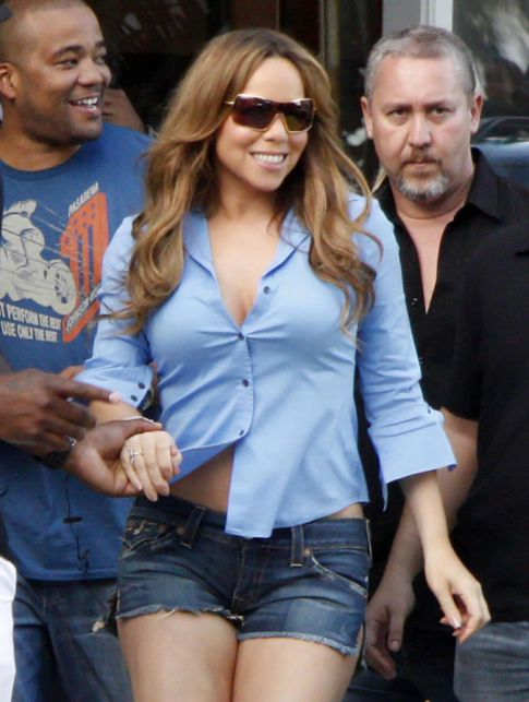 How To Look Desperate In Daisy Dukes: Mariah Carey