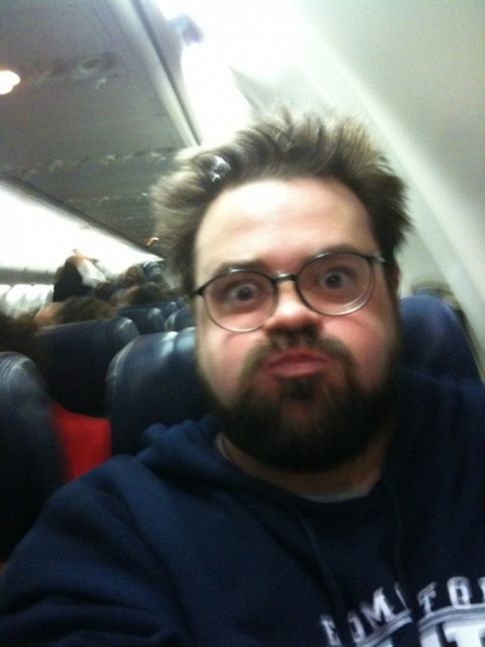 Kevin Smith Kicked Off Southwest Flight For Being Too Fat Causes Uproar