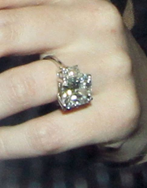 Hilary Duff's Got A Pretty Awesome Fiance, Ring Cost $1 Million