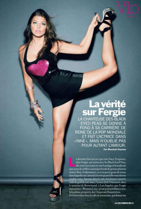 Fergie Is Flexible For French 'Cosmo'