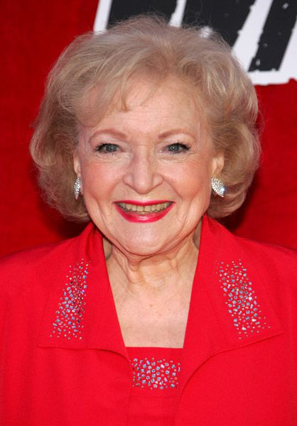 The Power Of Social Media: Betty White To Host 'Saturday Night Live'!