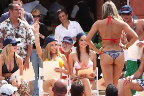Kendra Wilkinson is a Bikini Judge