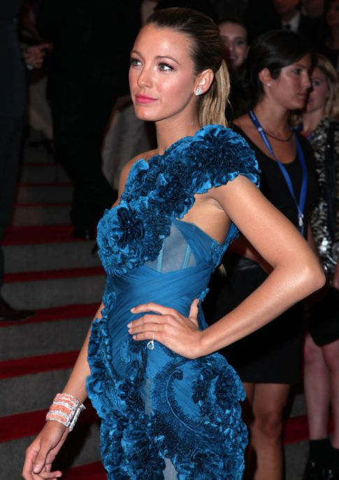 Blake Lively's A Sight In Royal Blue At The Metropolitan Costume Gala