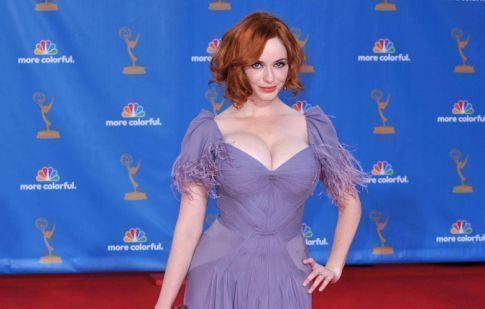 Christina Hendricks Cleavage Stops The Emmy Show