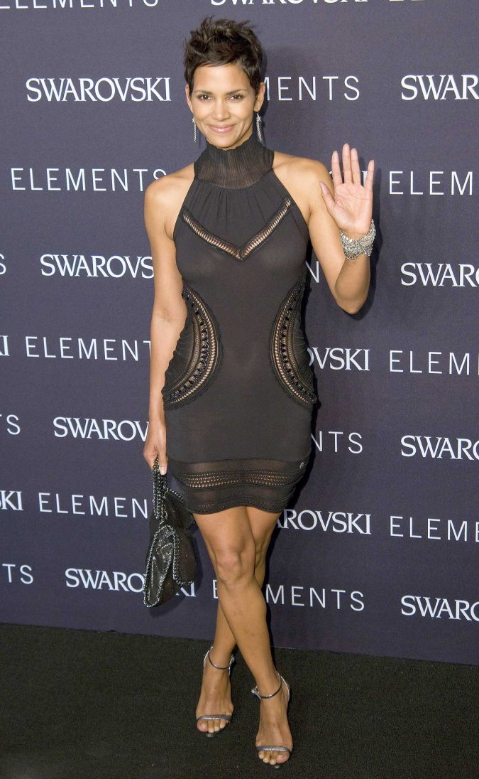 Halle Berryu0026#39;s See Through Dress For Some Afternoon Delight