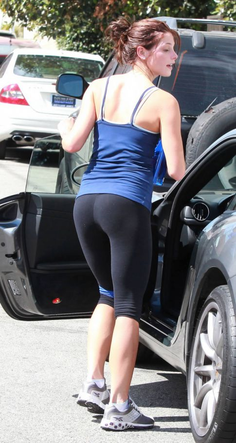 Ashley Greene and Spandex, Match Made in Heaven