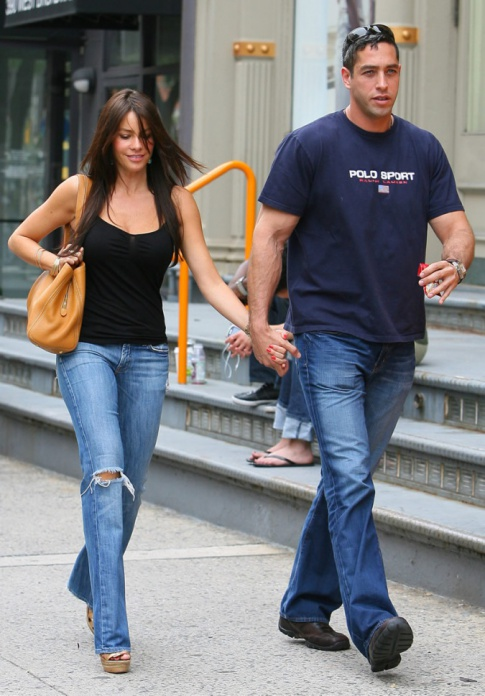 Sofia Vergara's Dating A Married Man