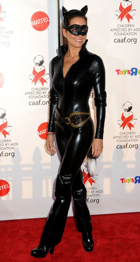 Hollywood Chaos Rounds Up The Best In Celebrity Halloween Costumes 2010