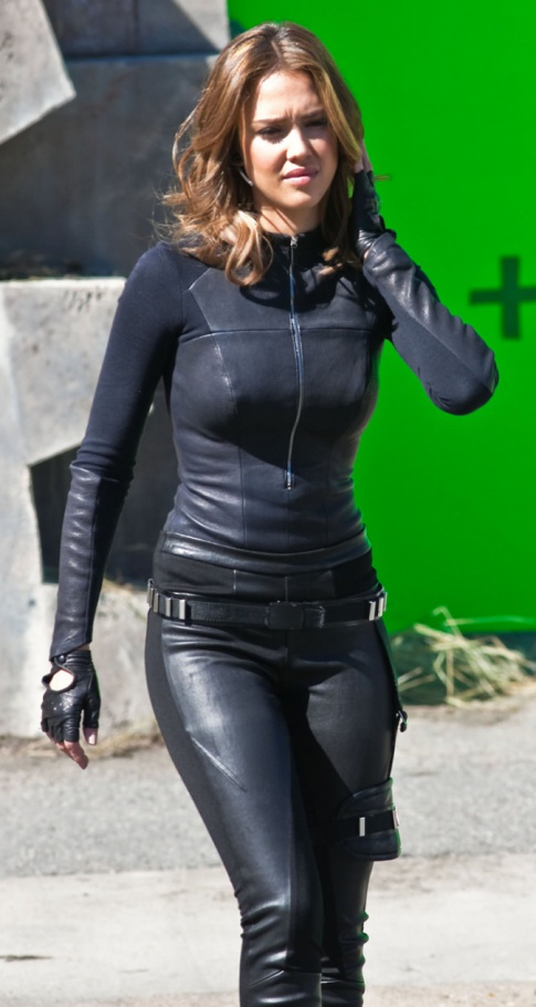 Jessica Alba In Tight Leather