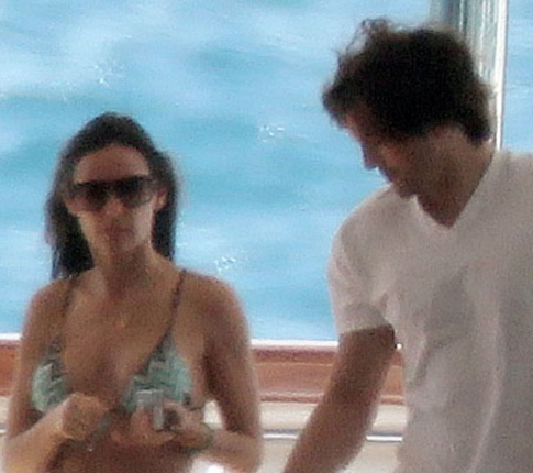 Demi Moore And Ashton Kutcher's Love Going Strong On Vacation