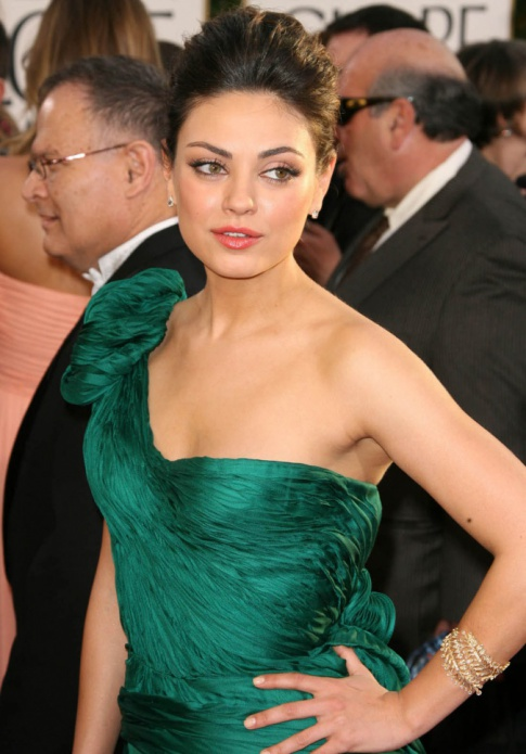 Golden Globes Hotties: Mila Kunis