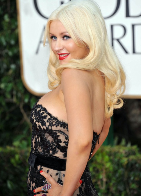 Golden Globes Mess Of The Night: Christina Aguilera