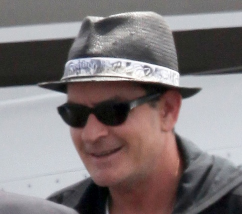 Charlie Sheen Doesn't Have Any Teeth