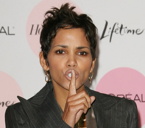 Halle Berry Is A Crazy Scorned Woman
