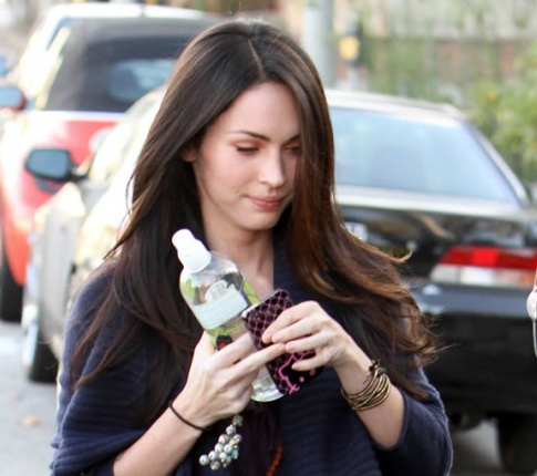 Megan Fox Is Getting Scary Skinny, But She's Still Pretty Hot