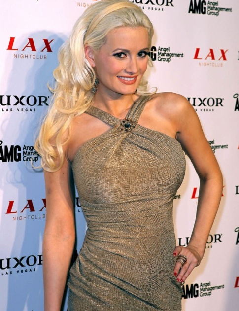 Holly Madison Will Not Be Attending Hugh Hefner's Wedding
