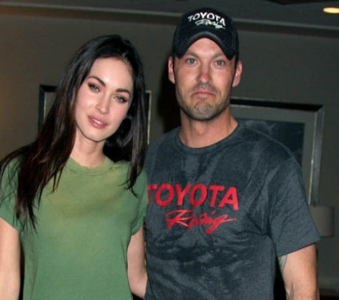 Mickey Rourke Apologizes For Trashing His Co-Star Megan Fox
