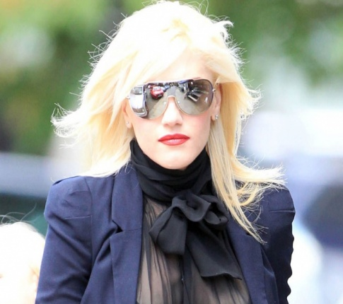 Gwen Stefani Fears Raising Her Sons In Hollywood Will Screw Them Up