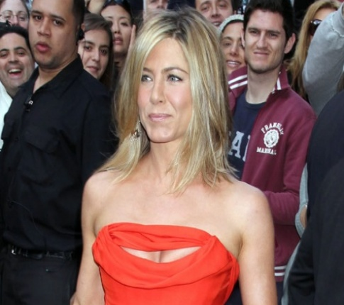 Jennifer Aniston's Rumored Boyfriend Justin Theroux Has A Longtime Girlfriend