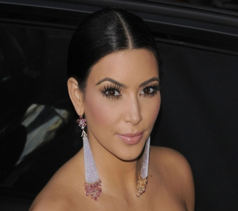 Is Kim Kardashian Cheating? Reality Vixen Might Sue Magazine
