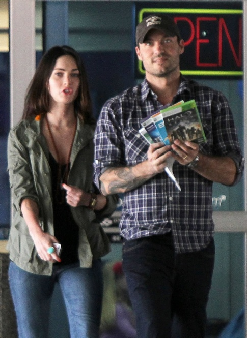 Megan Fox Basically Calls Her Husband Brian Austin Green A Wimp
