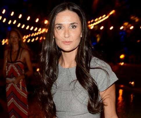 Demi Moore armed with Ashton penis pics and prepared to use them?
