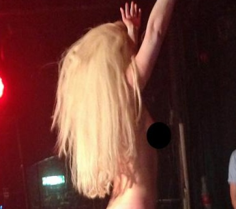 GaGa goes nude in London