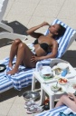 Alicia Keys Pigs Out While Texting in a Bikini, Multi-tasker