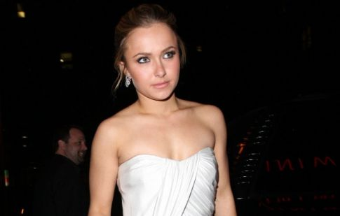 Hayden Panettiere's Short Toga Fashion Statement