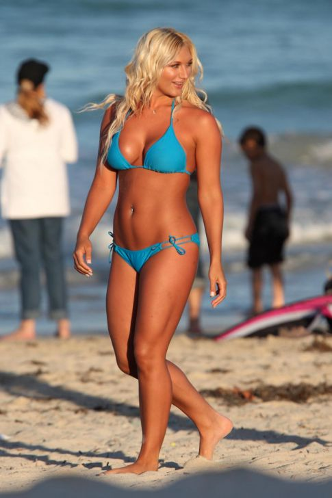 Brooke Hogan Creates Waves During Photoshoot