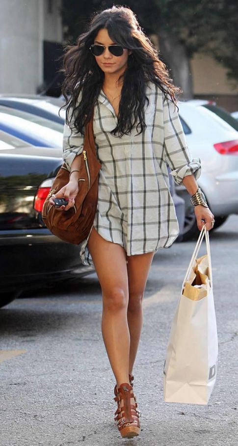 Vanessa Hudgens to Ditch Zac Efron, Pants First